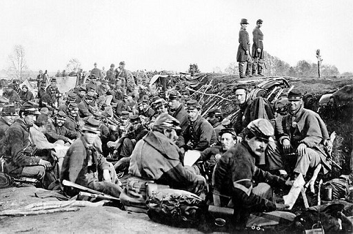 Union soldiers before battle.